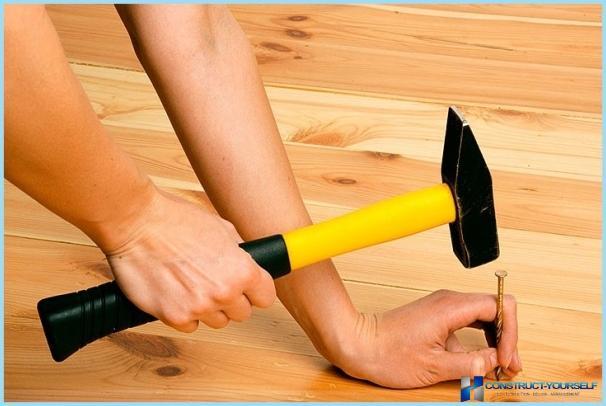 knarren b den in der wohnung was zu tun ist wie sie zu beheben. Black Bedroom Furniture Sets. Home Design Ideas