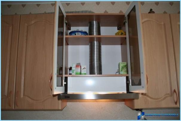 Inštalácia digestora v kuchyni s rukami + inštruktážne video