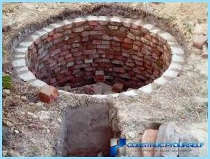 Būvniecība tualetēm valstī ar savām rokām