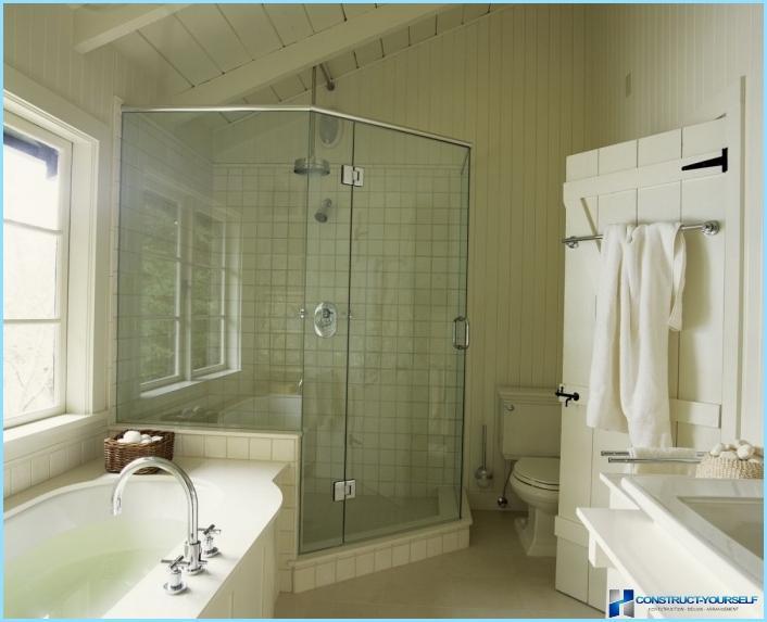 מקלחת אמבטיה קטנה תמונה
