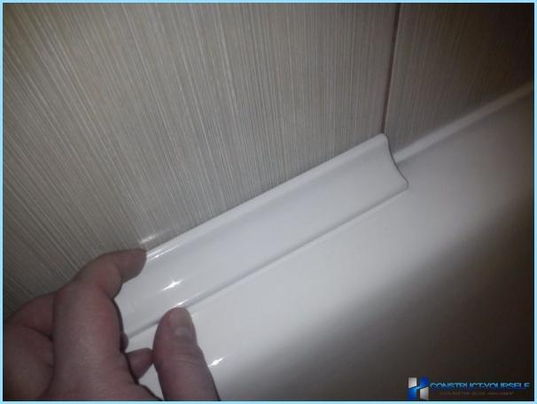 tätning mellan badkar och vägg