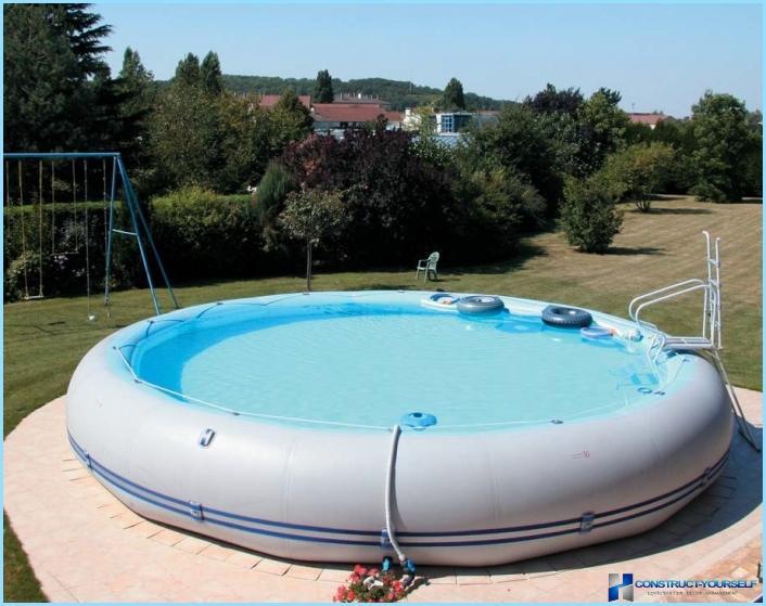 Puhallettava uima allas puutarha for Probleme electrolyseur piscine