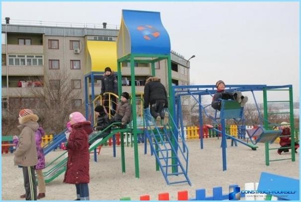 Uzstādīšana bērnu rotaļu laukums ar savām rokām