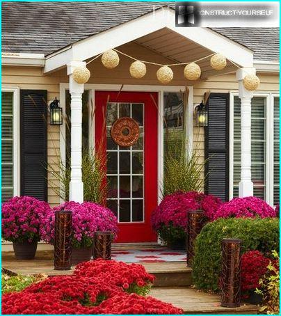 Festive porch in front of the house