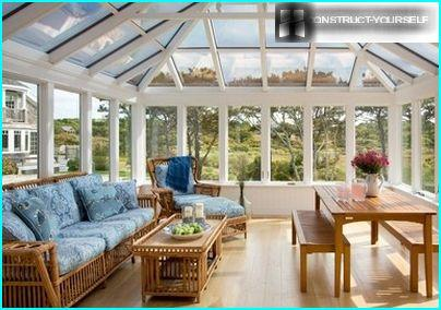 Bright porch with a vaulted glass ceiling