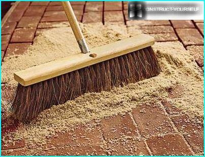 Brush sand