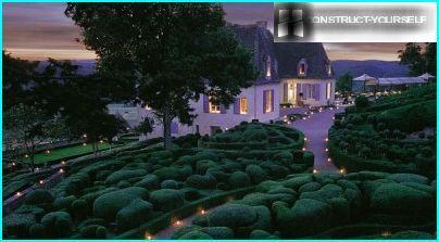 Evening lighting garden