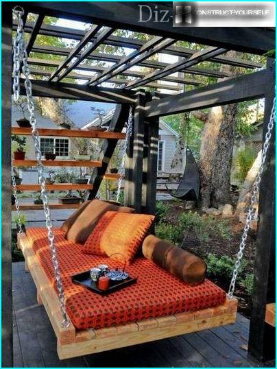 Suspended sofa in the garden