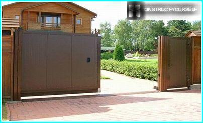 Sheathing leaf sliding gates steel sheets
