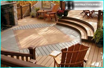 Dārza parketa grīda dod atmosfērā terašu mājas komfortu