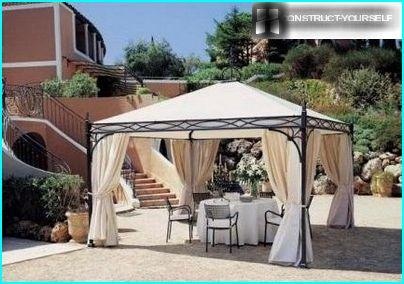Garden tent with a metal frame