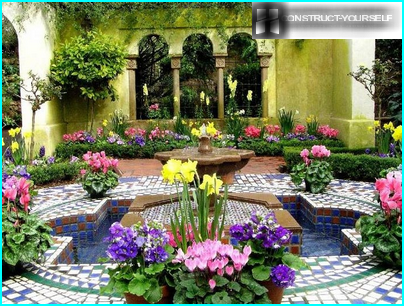 The richness of colors Moorish garden