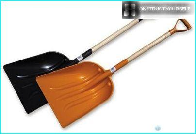 Shovels made of plastic