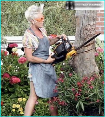 Women chainsaw