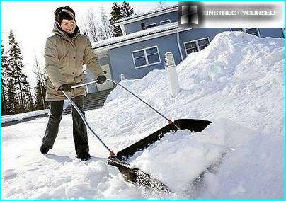 Ātrā sakopt teritoriju no sniega