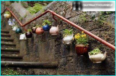 "Fancy ""garland"" of old teapots"