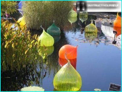 Stikla dekors uz ūdens
