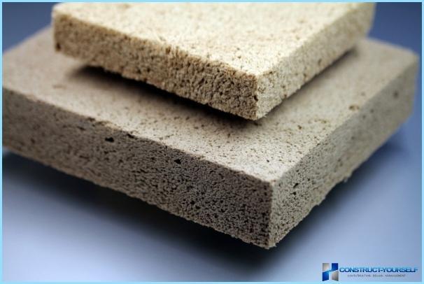 壁と屋根の断熱材の選択