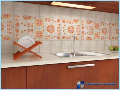 Muligheder for tapet til køkkenet med et foto