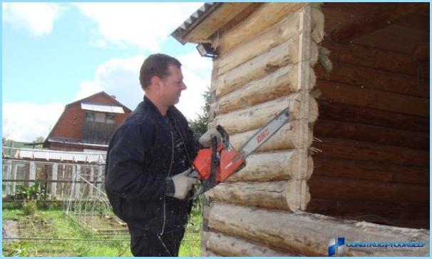 Sådan installeres et plastvindue i et træhus selv