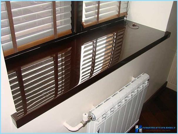 Installasjon av vinduskarmer på plastvinduer