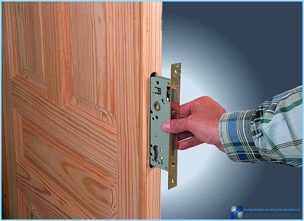 Mortise lock ar iekšējo durvju rokturi