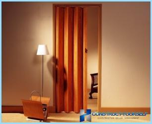 วิธีการติดตั้งประตูหีบเพลงที่ต้องทำด้วยตัวเอง