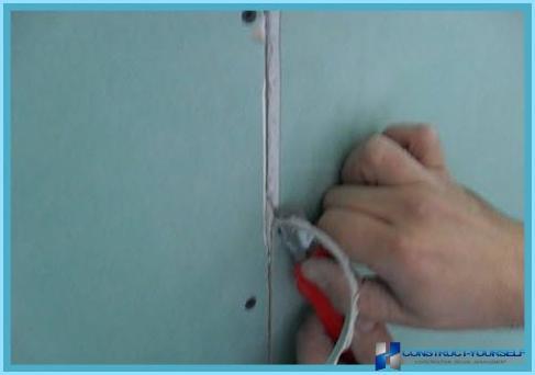 Sådan kittes gipsvæg under tapet og maling