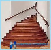 الانتهاء من الدرج الخرساني مع الخشب ، صفح