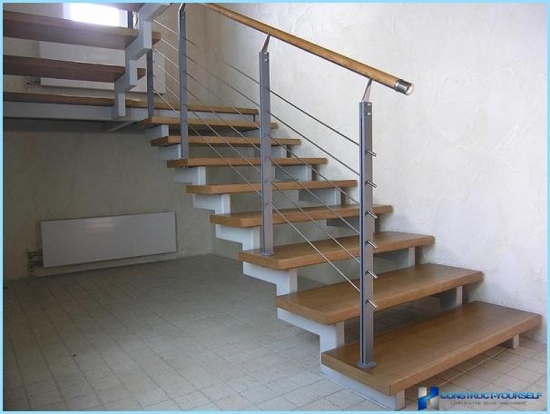 Kā ar savām rokām izgatavot metāla kāpnes