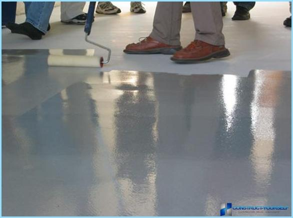 Kā un kā krāsot grīdu