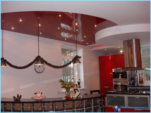 Kā izvēlēties kulonu lampu virtuvē