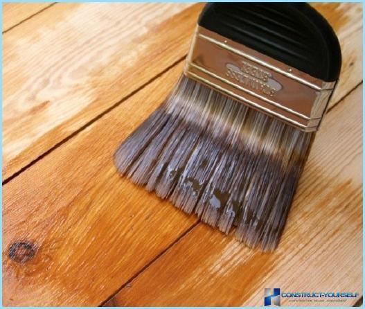 Scegliere la migliore vernice per legno per uso esterno ed interno