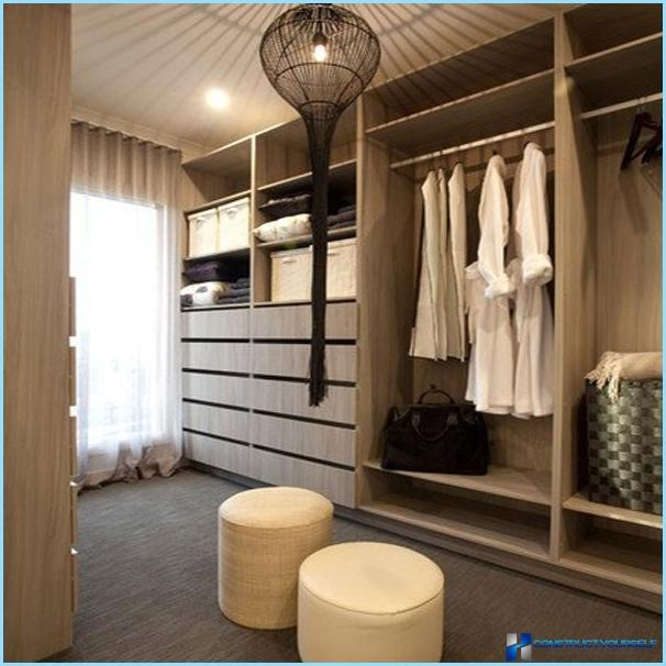 The design of the dressing room to the small size