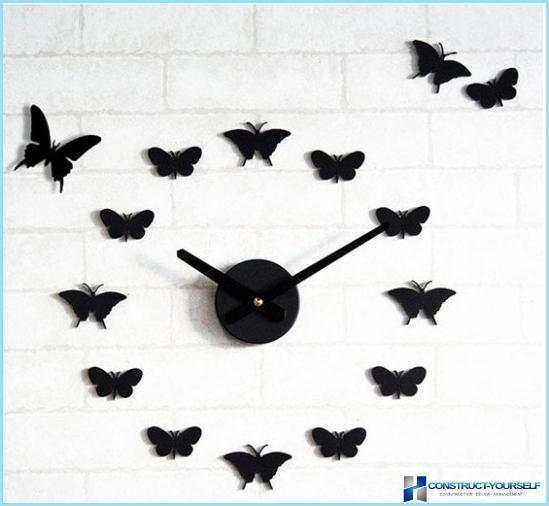 Hvordan man laver sommerfugle på væggen med egne hænder