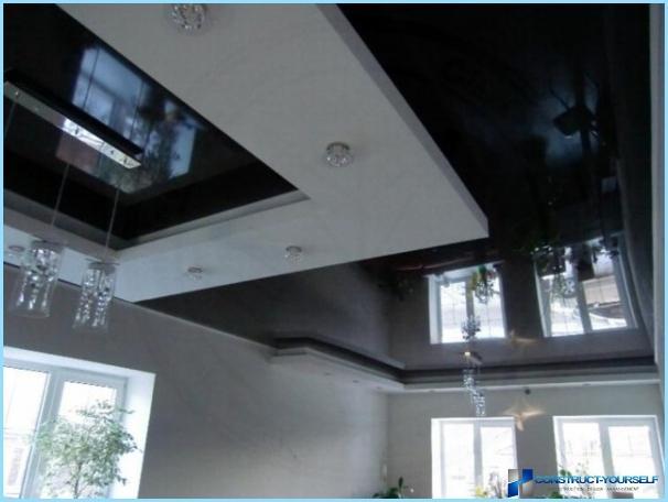 การออกแบบฝ้าเพดานในห้องโถงพร้อมรูปถ่าย