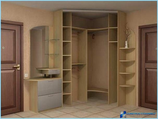 Design a wardrobe in the hallway