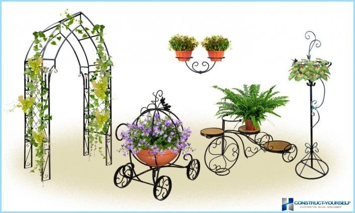 Flower stands, metal
