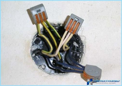 So schließen Sie elektrische Kabel an