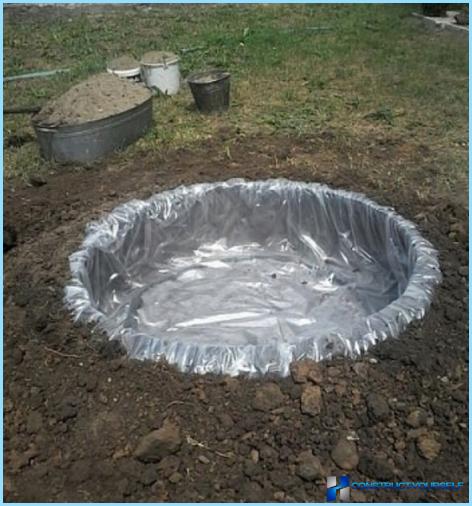 Hvordan man laver en dam ud af et dæk
