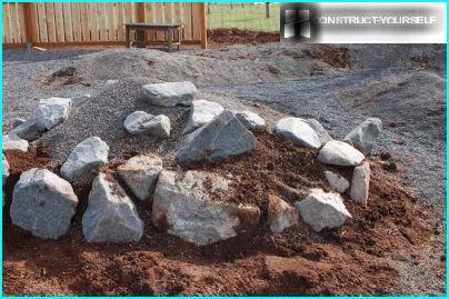 Composition de roche pour jardin de rocaille