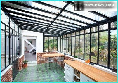Zero gravity glass extension