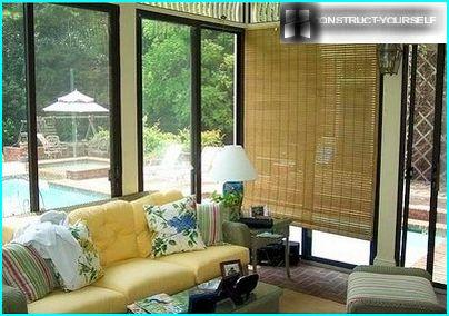 Horizontal bamboo blinds