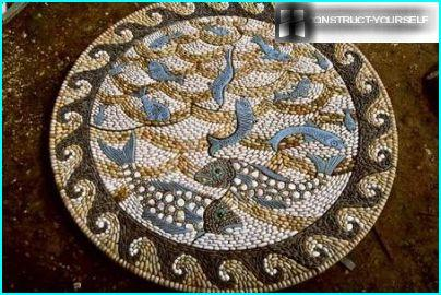 Mosaic from pebbles