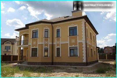 Plaster for facades