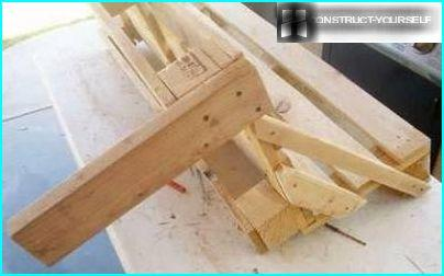 The mounting legs of the bench
