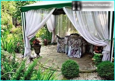 Mājīgs stūrītis dārzā