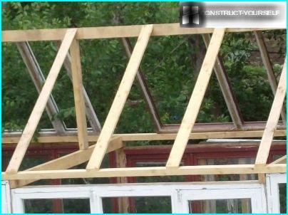 Kasvihuonekaton kattokehys