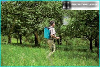 Model knapsack garden sprayers