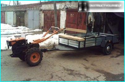 Trailer for transportation of the harvested crop